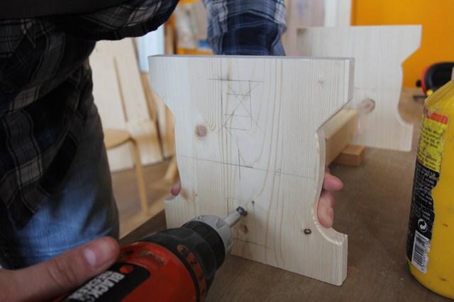 workshop Meubelmaken voor beginners - maak een klein bankje met fraaie verbinding.
